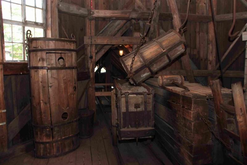 Oberharzer Bergewerksmuseum - Schachtgebäude innen