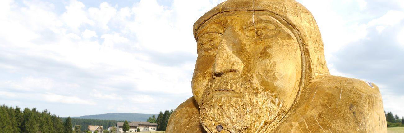Stein- und Skulpturenpfad